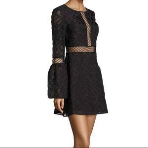 Zac Posen Bell Sleeve lace dress NWOT SIZE 8